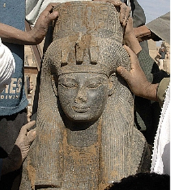 The life rule and death of amenhotep iv in egypt
