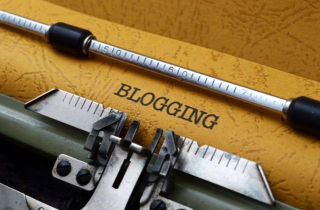 Simple steps to becoming a successful blogger