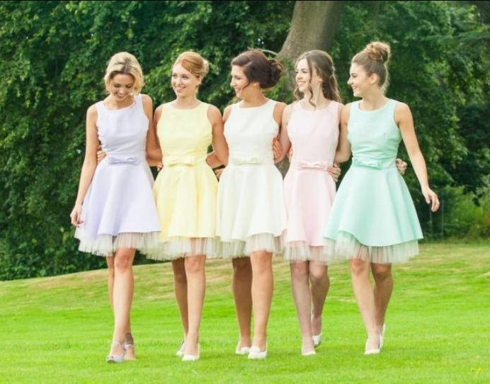 Do Your Friends A Favor By Choosing Bridesmaids Dresses They Ll Want To Wear Again And