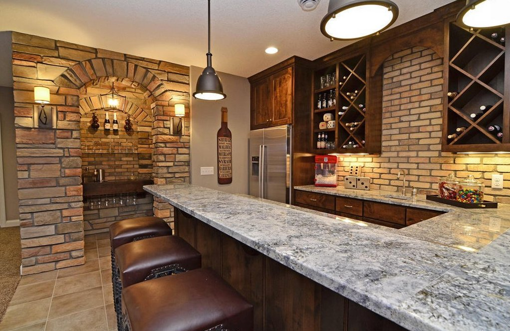 4 tips to for building a bar in the basement the all i need for How to build a bar in my basement