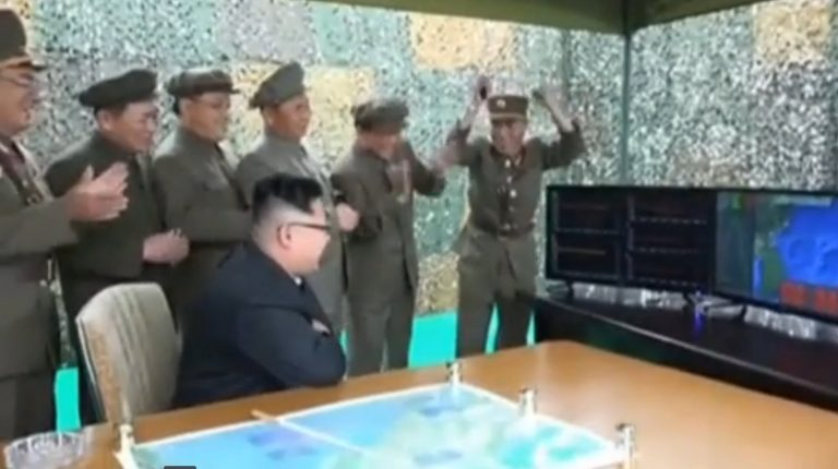 North Korea launches four ballistic missiles to the sea and three fall near Japan