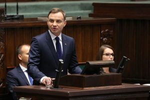 Polish president vetoes judicial reform rejected by EU