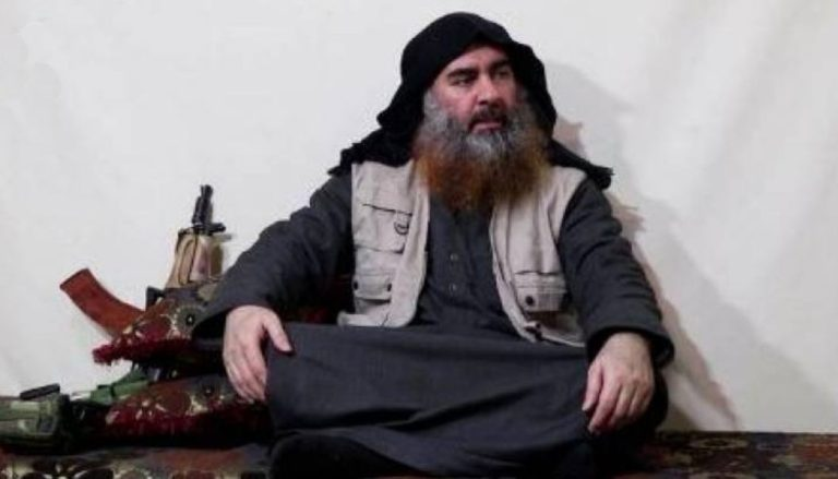 """Daesh mourns in his weekly and threatens America with the """"never seen"""""""