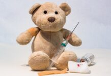 Teddy bear syringe vaccine